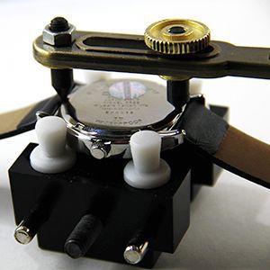 Tutoriel montre : Ouvrir le boîtier avec outil d'ouverture de montre étanche : image 4