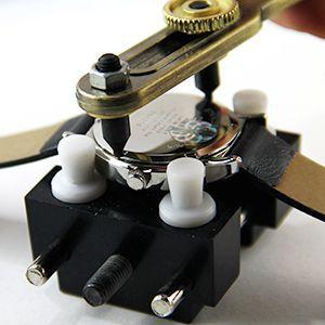 Tutoriel montre : Ouvrir le boîtier avec outil d'ouverture de montre étanche : image 5
