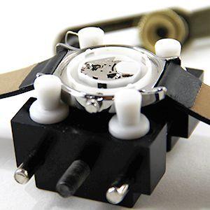 Tutoriel montre : Ouvrir le boîtier avec outil d'ouverture de montre étanche : image 6